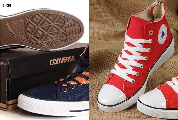hombres con zapatillas converse rojas